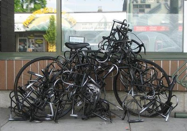 Képesek vagyunk többet költeni lakatokra, mint a biciklire - hasonlóan lehet ez a biztosításokkal