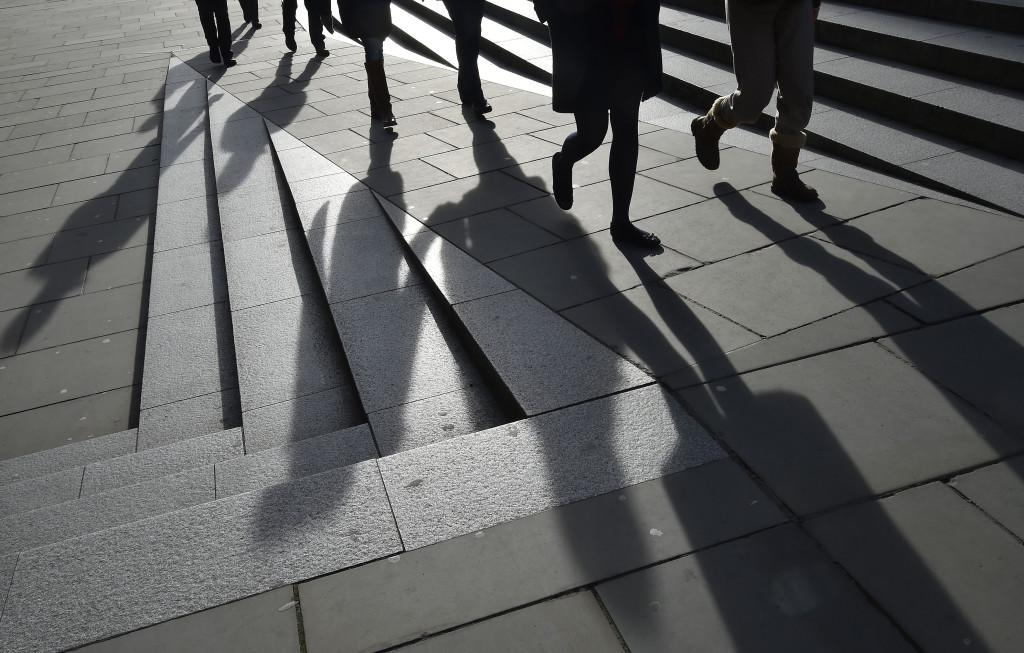 Sokak indulnak az árnyékból - kép forrása: guardien.co.tt